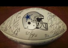 1990 DALLAS COWBOYS TEAM AUTOGRAPHED FOOTBALL in Fort Hood, Texas