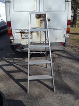 5' stepladder in Schaumburg, Illinois
