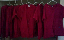 Scrubs lot 5 sets and 2 jackets in Cochran, Georgia