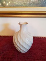 SMALL LENOX VASE in Clarksville, Tennessee