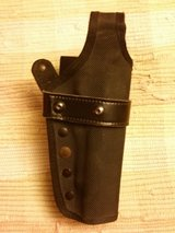 Gould & Goodrich 9mm Holster(used) in Fort Campbell, Kentucky
