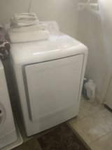 Moving Sale - Downsizing - Washer and Dryer in Travis AFB, California