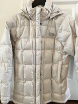 The North Face Transit womens jacket in Bolingbrook, Illinois