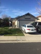 Room for rent with single military female in Travis AFB, California
