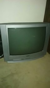 box TV real good condition it's a sanyo in Fort Polk, Louisiana