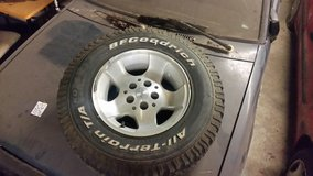 Jeep Wrangler factory aluminum wheels and Bf Goodrich at tires in Cadiz, Kentucky