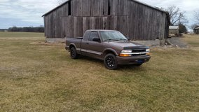 2000 Chevy S-10 ext. cab in Cadiz, Kentucky