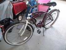 "KENT 26"" MEN'S BIKE   EXCELLENT CONDITION    NEEDS NEW TUBES IN TIRES in Byron, Georgia"