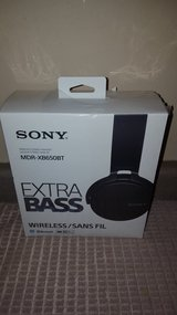 Sony Extra Bass Bluetooth Headphones in Chicago, Illinois