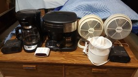 2 Coffee Makers, 3 Clocks, 2 Fans & a Juicer in Travis AFB, California