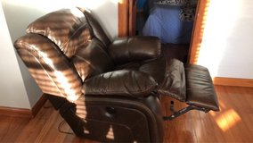 electric recliner in Chicago, Illinois