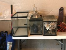 10 Gallon Fish Tank with Screen lid and light fixture in Quantico, Virginia