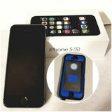 iPhone 5s - space gray - 16GB & Otterbox case in Bolingbrook, Illinois