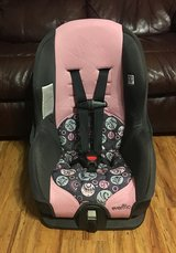 Evenflo Covertible Car Seat in Pearland, Texas
