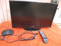 "SAMSUNG 22"" Flat Screen TV w/remote & Antenna in Yucca Valley, California"