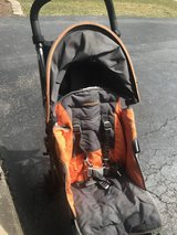 Maclaren Stroller -- includes rain cover and cup holder in Bolingbrook, Illinois