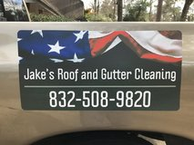 Roof and Gutter Cleaning, Pressure Washing, and More! in Kingwood, Texas