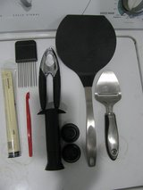 ENTIRE LOT(7 ITEMS!) PAMPERED CHEF, TUPPERWARE, ONEIDA, TRUDEAU, OXO in DeKalb, Illinois