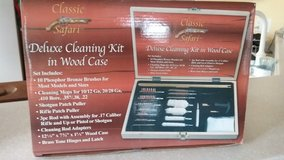 *REDUCED * GUN CLEANING KIT in Beaufort, South Carolina