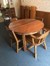 Ranch Oak Dining Table + 6 Chairs in Bolingbrook, Illinois