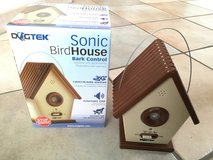 DOGTEK Sonic Bird House Bark Control Outdoor/Indoor in Stuttgart, GE