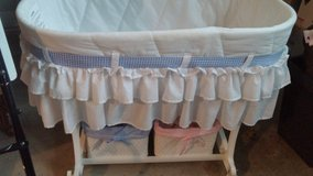 BASSINET in Oswego, Illinois