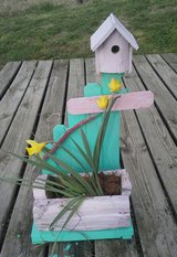 hand crafted planter in Hopkinsville, Kentucky