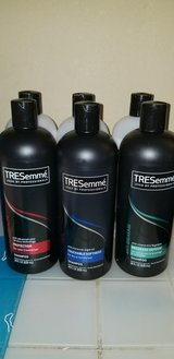 Tresemme set 1shampoo and 1conditioner in Fort Benning, Georgia