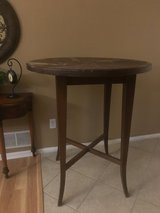 Tall Table in St. Charles, Illinois
