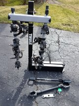 Thule 4 Bike Swinging Hitch Bike Rack in Westmont, Illinois