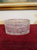 PRETTY CRYSTAL GLASS  TRINKET BOX OR CANDY DISH in Fort Campbell, Kentucky