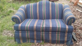 Love seat. Reduced!!! in Perry, Georgia