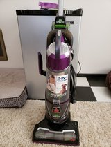 BISSELL VACUUM LIKE NEW in 29 Palms, California