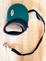 Expandable pet leash - medium to large dogs in El Paso, Texas