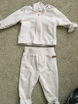 3-6 month robeez outfit in Chicago, Illinois