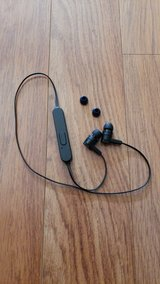 Bluetooth Headset in Glendale Heights, Illinois