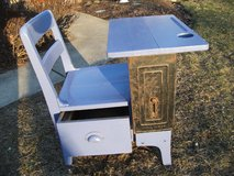 REDUCED----ANTIQUE SCHOOL DESK FROM THE 1920-30S in Tinley Park, Illinois