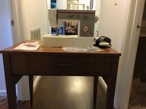 Sewing machine with cabinet in Fort Campbell, Kentucky