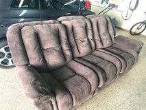 Recliner Couch in Like New Condition in Camp Pendleton, California