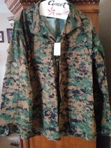 M/L MARPAT Jungle Top in Fort Campbell, Kentucky