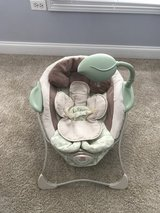 Fisher Price baby papasan vibrating chair in Oswego, Illinois