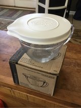 Pampered Chef Glass Measuring Cup in Fort Campbell, Kentucky