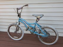 Girls Misty  model bicycle with pearl wheels in Fort Campbell, Kentucky
