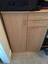 2 drawer Cabinet in Eglin AFB, Florida