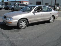 1996 TOYOAVALON in Camp Pendleton, California