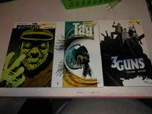 4 graphic novels in Fort Campbell, Kentucky
