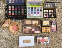 Makeup Palettes in Camp Pendleton, California