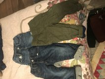 Gap lined pants 2t in 29 Palms, California