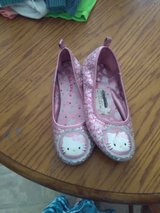Hello kitty shoes in Fort Campbell, Kentucky