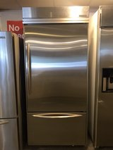 38 inch stainless refrigerator in Cleveland, Texas